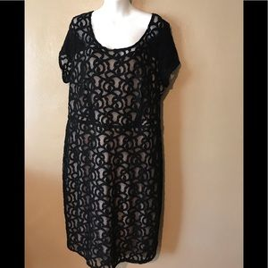 Lane Bryant black lace dress size 18 Nylon, lined
